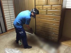 畳の搬出後の特殊清掃