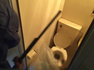 特殊清掃現場での水周りの清掃(大阪府堺市)