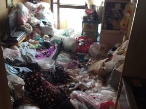 孤独死後の後始末の特殊清掃(大阪市住之江区)