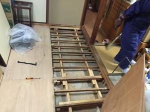 孤独死部屋の特殊清掃と異臭の消臭(堺市南区)3
