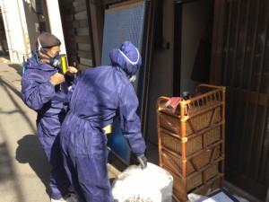 遺品の搬出作業(大阪市北区)